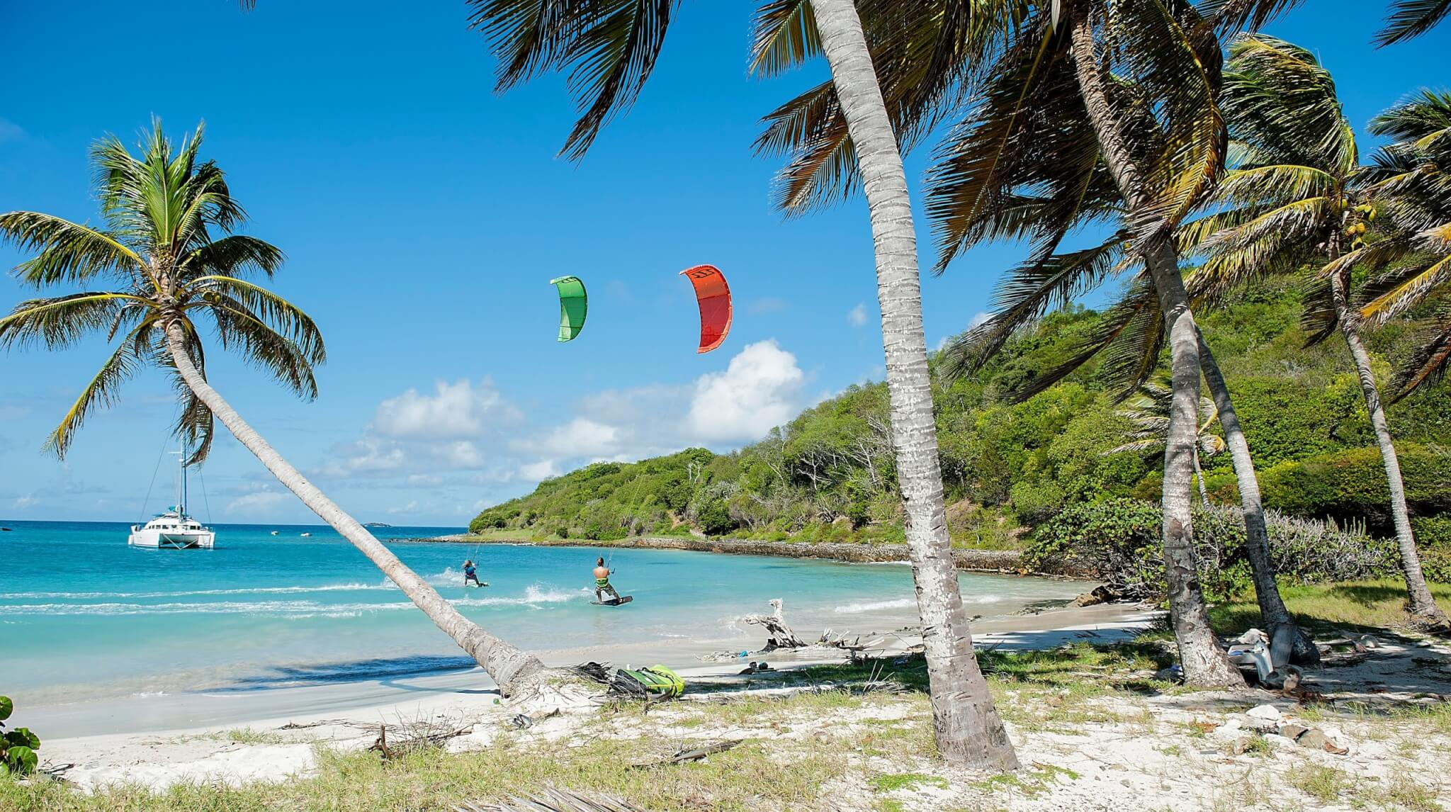Kiteboarding cruise caribbean grenadines