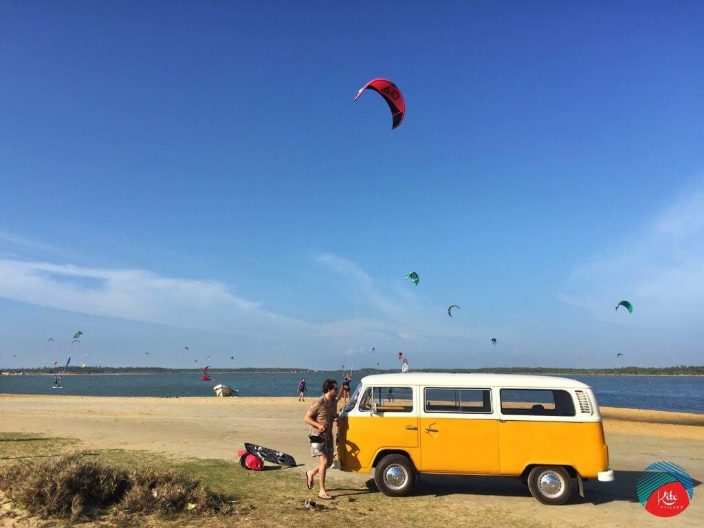 Kappalady Lagoon kiteboarding